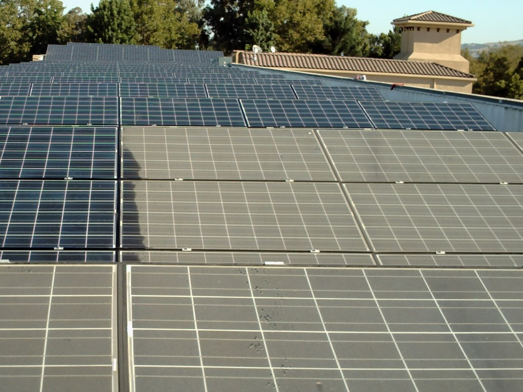 solar panel cleaner Mornington dirty panels