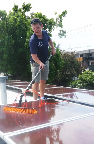 solar panel cleaning Mornington Pninsula